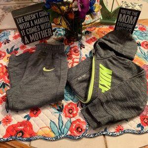 ✅Bundle Boys Nike Hooded Jogger Set Sz 24 Months